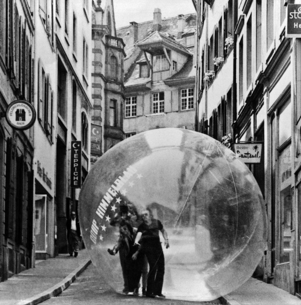 COOP HIMMELB(L)AU, Restless Sphere, Basel, Switzerland (1971) photograph © Peter Schnetz